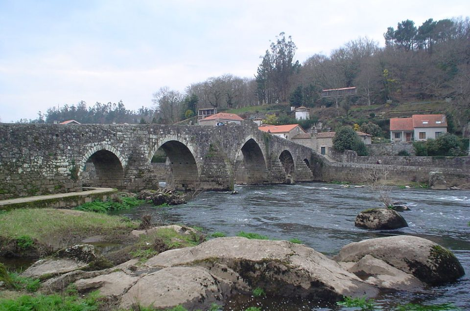 Ponte Maceira, a histórica ponte que viviu batallas medievais, na procura do BIC
