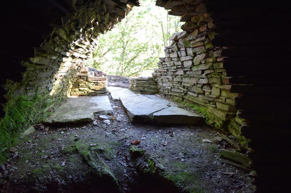 Que fai unha sauna castrexa de 2.000 anos e 120 m2 perdida no medio da Fonsagrada?