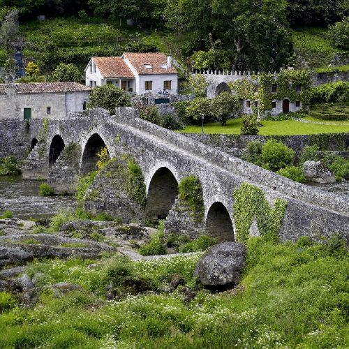 As loitas entre a nobreza e a Igrexa na Idade Media. As batallas de Ponte Maceira