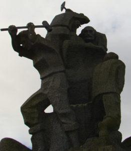 Escultura en Cuntis / Héitor Picallo
